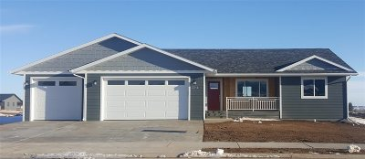 Spearfish Single Family Home For Sale: 2214 Talisker