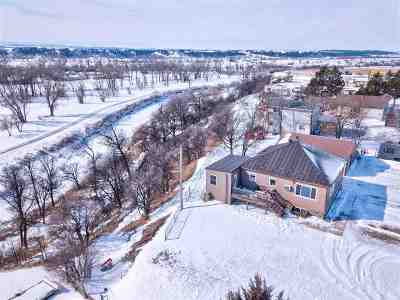 Belle Fourche SD Single Family Home Uc-Contingency-Take Bkups: $149,900