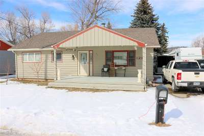 Sturgis Single Family Home Uc-Contingency-Take Bkups: 1211 Deadwood
