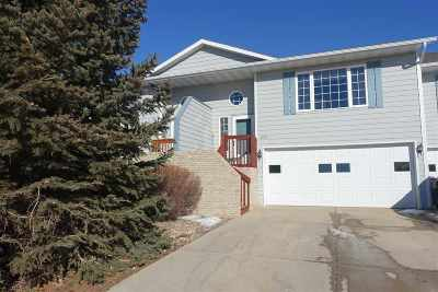 Spearfish Single Family Home For Sale: 1018 35th