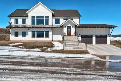 Spearfish Single Family Home For Sale: 2506 Chokecherry