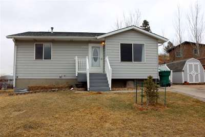 Sturgis SD Single Family Home Uc-Contingency-Take Bkups: $160,000
