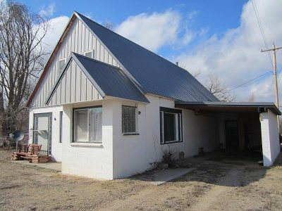 Single Family Home For Sale: 124 1st