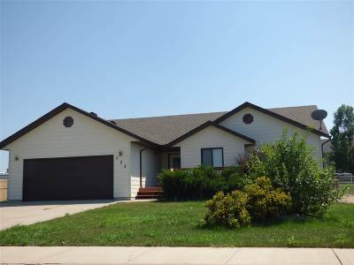 Belle Fourche Single Family Home Financing Contingency: 728 Ryan Ct