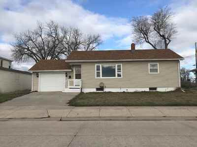 Belle Fourche Single Family Home For Sale: 1720 13th