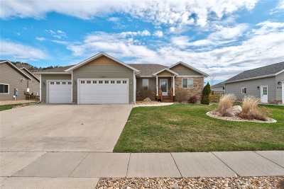 Spearfish Single Family Home For Sale: 1726 Iron Horse
