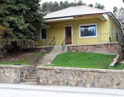 Single Family Home For Sale: 624 W. Main St.