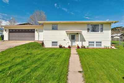 Spearfish Single Family Home Uc-Contingency-Take Bkups: 532 11th