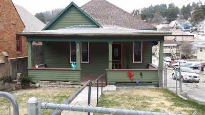 Single Family Home For Sale: 517 S Main