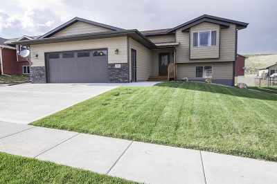 Sturgis SD Single Family Home Uc-Contingency-Take Bkups: $230,000