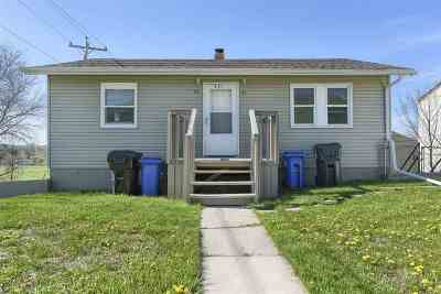 Rapid City Multi Family Home Uc-Contingency-Take Bkups: 521 E St Patrick