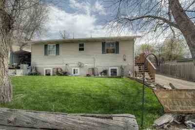 Sturgis SD Single Family Home Uc-Contingency-Take Bkups: $215,000