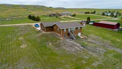 Belle Fourche SD Single Family Home Uc-Contingency-Take Bkups: $254,900