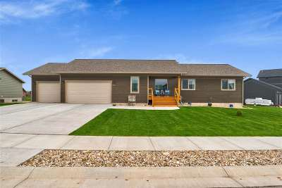 Spearfish Single Family Home Uc-Contingency-Take Bkups: 3873 Ward
