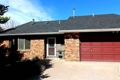 Pennington County Single Family Home For Sale: 3812 Parkridge