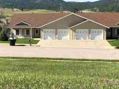 Sturgis SD Single Family Home Uc-Contingency-Take Bkups: $265,000
