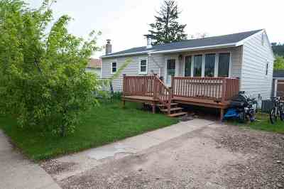 Sturgis SD Single Family Home Uc-Contingency-Take Bkups: $185,000