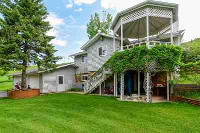 Spearfish Single Family Home Under Contract-Dont Show: 2121 Hillsview