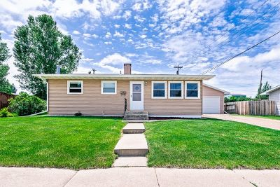 Belle Fourche Single Family Home For Sale: 912 Stanley