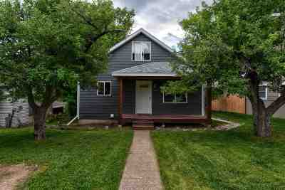 Spearfish Single Family Home Uc-Contingency-Take Bkups: 220 N 7th