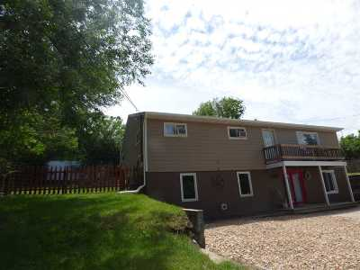 Belle Fourche Single Family Home For Sale: 919a Lawrence