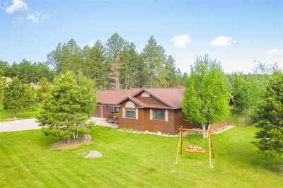 Custer Single Family Home For Sale: 113 Hayloft