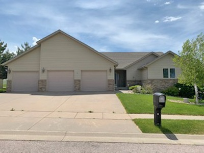 Spearfish Single Family Home For Sale: 607 Silverleaf Drive