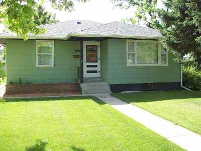Sturgis Single Family Home Uc-Contingency-Take Bkups: 1219 Davenport St