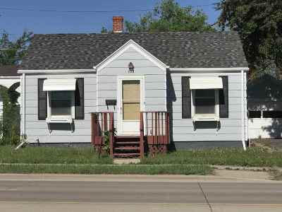 Belle Fourche Single Family Home Uc-Contingency-Take Bkups: 1118 5th
