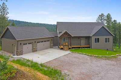 Spearfish Single Family Home For Sale: 10638 Finch Court
