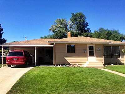 Belle Fourche Single Family Home For Sale: 2070 10th Ave
