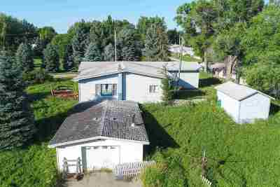 Belle Fourche Single Family Home For Sale: 1243 Elkhorn