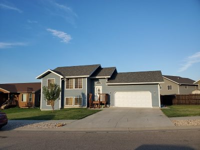 Whitewood Single Family Home For Sale: 650 Yosemite Way