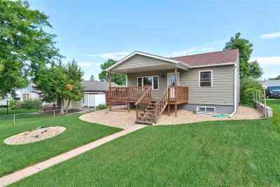 Spearfish, Deadwood/central City, Deadwood, Strugis, Whitewood, Belle Fourche, Spearfish Canyon Single Family Home For Sale: 1017 Roberts