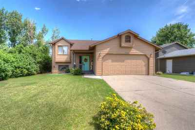 Rapid City SD Single Family Home For Sale: $220,000
