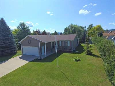 Spearfish, Deadwood/central City, Deadwood, Strugis, Whitewood, Belle Fourche, Spearfish Canyon Single Family Home For Sale: 611 Englewood