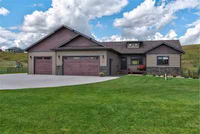 Spearfish Single Family Home For Sale: 2322 Tumble Weed Trail