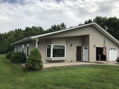 Milbank Single Family Home For Sale: 108 Aspen Court