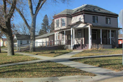 Clark Single Family Home For Sale: 200 N Utah Street