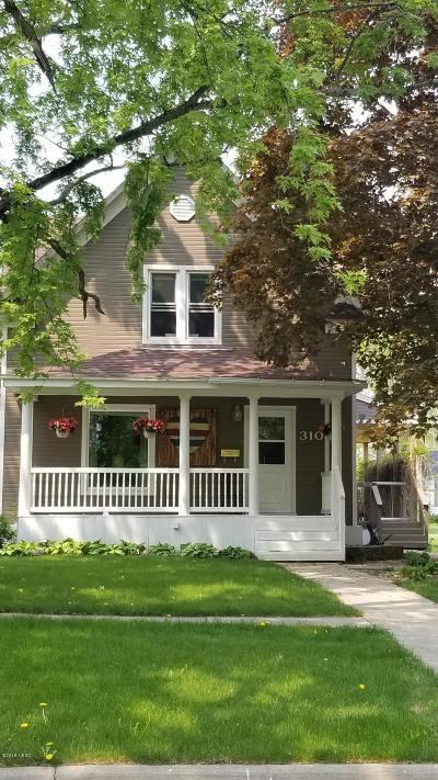Clark Single Family Home For Sale: 310 N Dakota Street