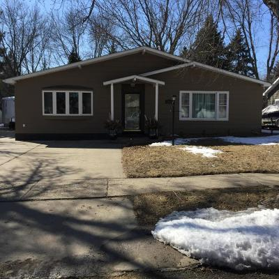 Watertown Single Family Home For Sale: 1313 North Maple Street