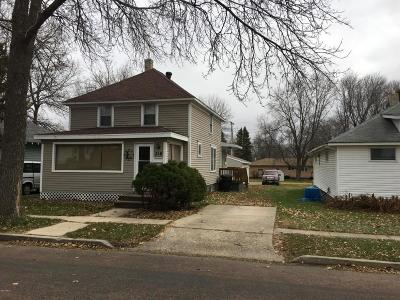 Watertown Single Family Home For Sale: 318 6th Street NE