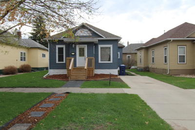 Watertown Single Family Home For Sale: 320 S Maple Street