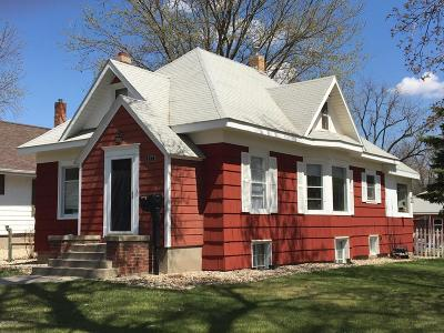 Watertown Single Family Home For Sale: 802 N Park Street