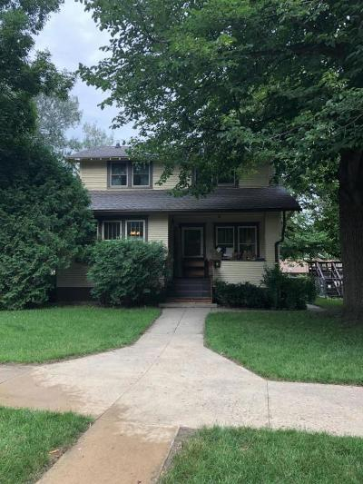 Watertown Single Family Home For Sale: 508 N Broadway Street