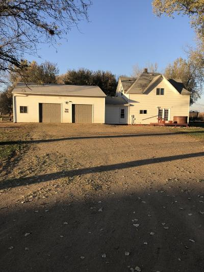Henry Single Family Home For Sale: 103 N Cottonwood Street