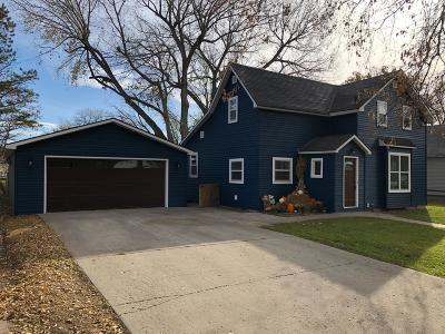 Watertown Single Family Home For Sale: 328 8th Street NE
