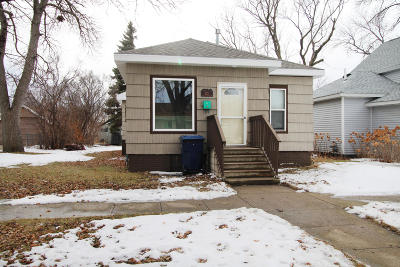 Watertown Single Family Home For Sale: 222 2nd Avenue SW