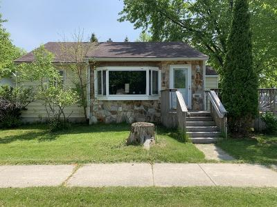 Watertown Single Family Home For Sale: 426 8th Street SE