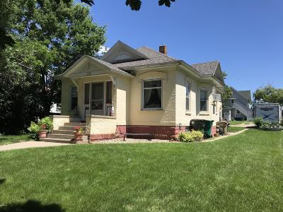 Watertown Single Family Home For Sale: 406 3 Street NE